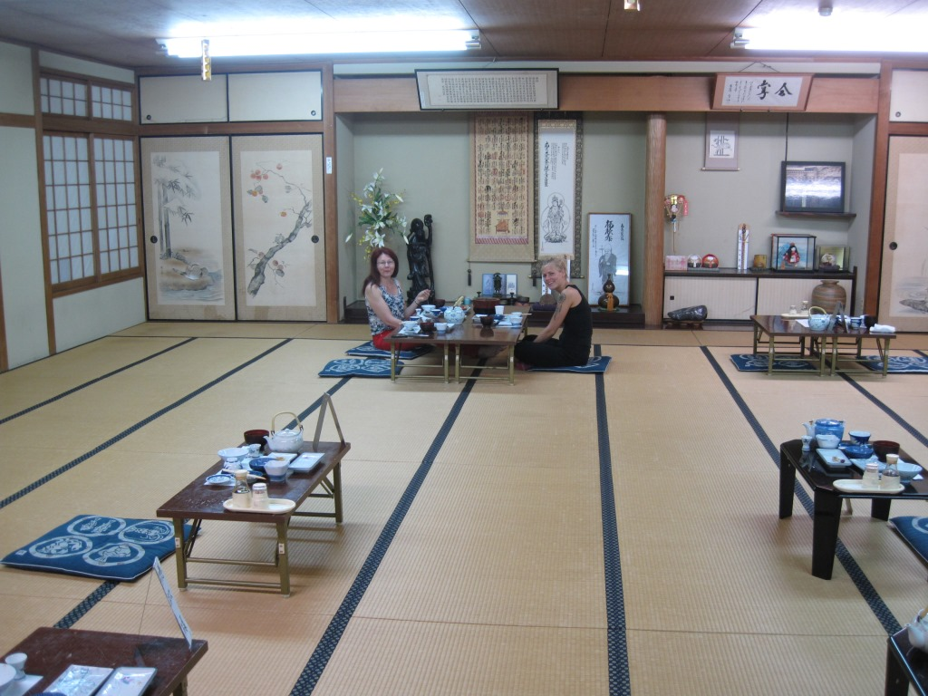 16. Tomo4-2012 aamiainen Sakaguchi-ya'lla IMG_1242